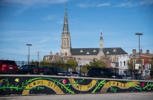 East Price Hill Mural Series: Come Sit at My Table © 2017 ArtWorks / Lizzy DuQuette & John Lanzador / 3609 Warsaw Ave. / Photo by J. Miles Wolf