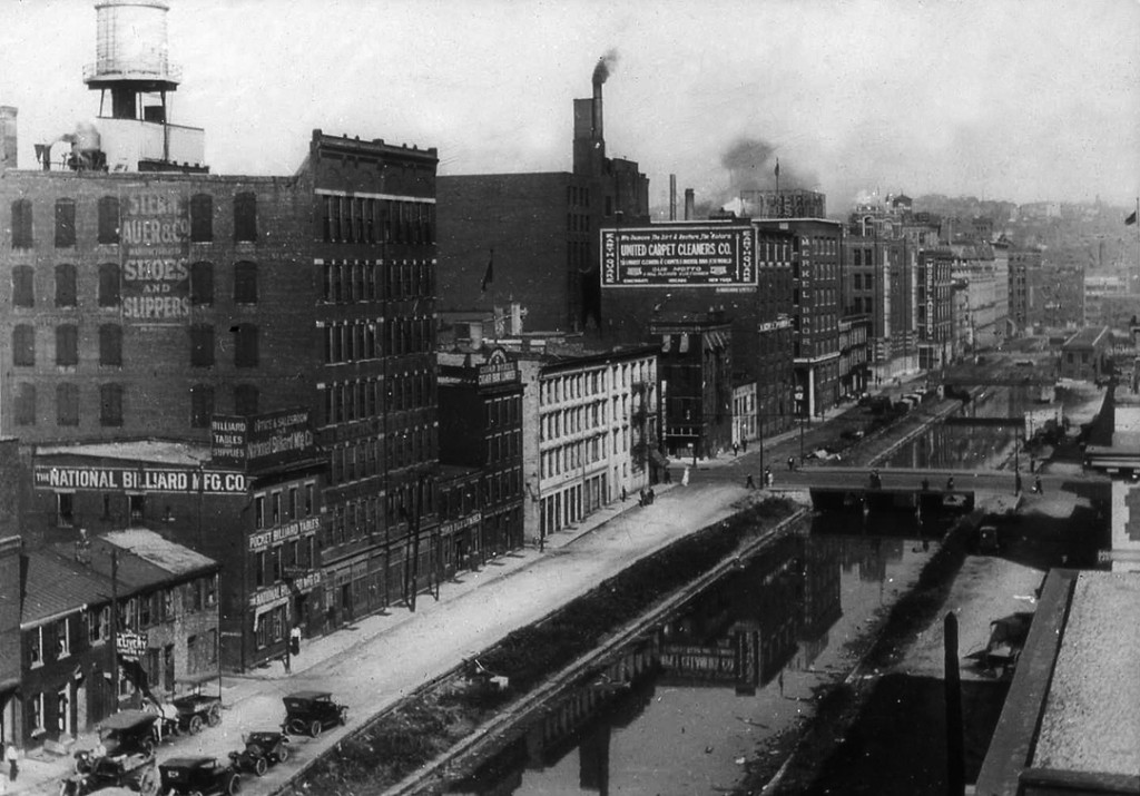 Miami_and_Erie_Canal_slide
